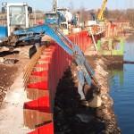 Travaux de pose de palplanches - Bassin à Esch Belval